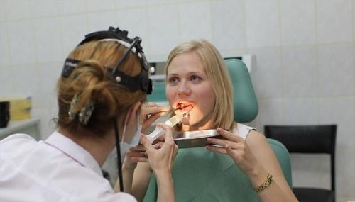 Промывание (санация) миндалин в Москве
