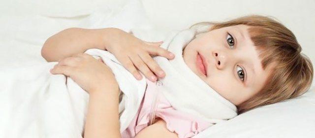 Иммунолог о хлорофиллипте для горла: методы применения (полоскание, ингаляции, внутрь), противопоказания
